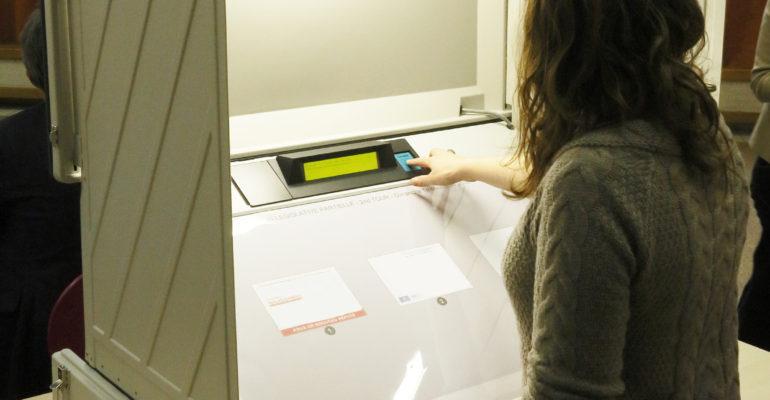 machine a voter